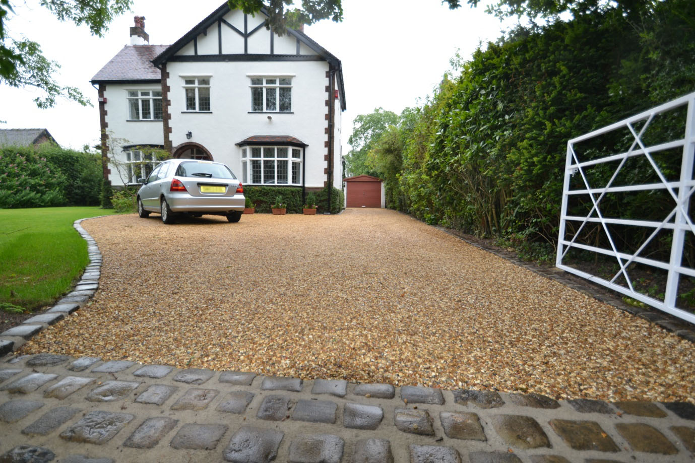 Resin Bound Gravel >> Creative Gardens and Driveways - Blog